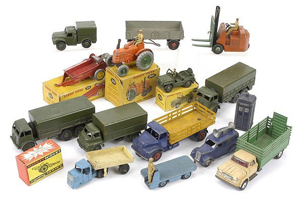 1009: Dinky Toys - A Mixed Group