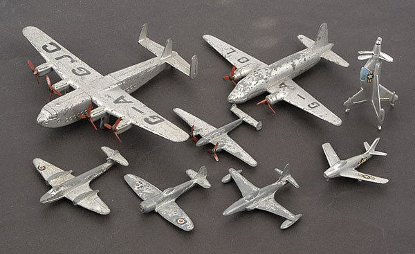 1012: Dinky/Mercury - A Group of Unboxed Aircraft