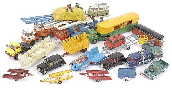 1020: Corgi Toys - A Mixed Group of Unboxed
