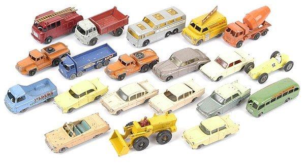 1023: Matchbox Regular Wheels Cars & Commercials