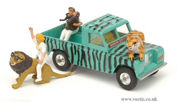 "1612: Corgi ""Daktari"" Land Rover"