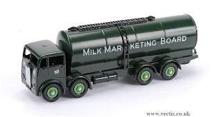 """3083: Albion """"Milk Marketing Board"""" Tanker"""