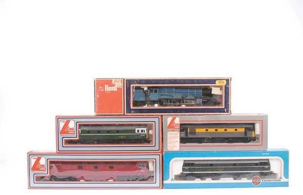 4020: OO Gauge Steam and Diesel Locos