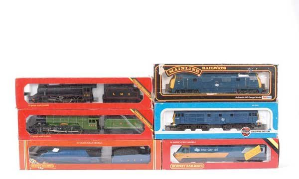 4055: OO Gauge Steam and Diesel Locos