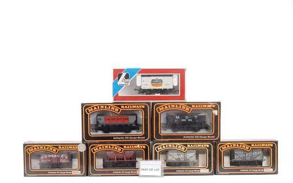 4066: OO Gauge Passenger and Goods Rolling Stock