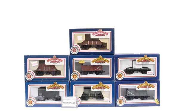 4088: OO Gauge - A Group of Goods Rolling Stock