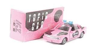 Tomica Nissan Bluebird Topic Car