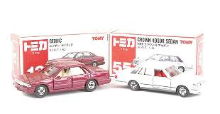 Tomica No.13 Nissan Cedric
