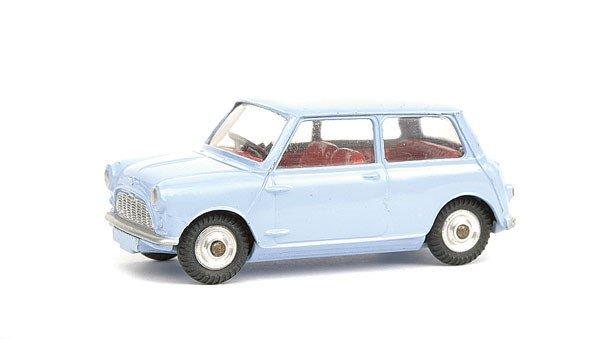 8: Corgi Morris Mini Minor