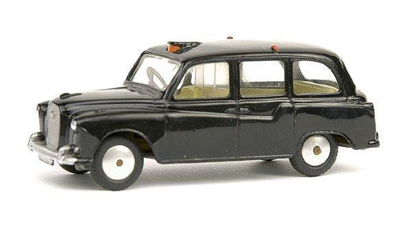 11: Corgi No.418 Austin London Taxi Cab