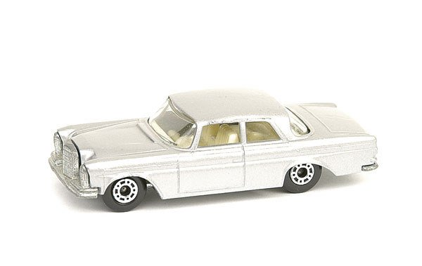 1024: Matchbox No.46 Mercedes 300SE