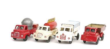3119 Pocketoys  a group of Bedford S Type Lorries