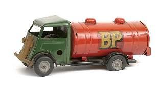 "3142: Triang Minic No.15M post-war ""BP"" Petrol Tanker"
