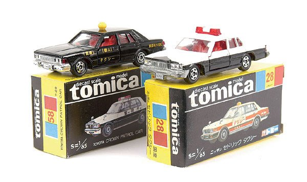 4004: Tomica No.28 Nissan Cedric Taxi