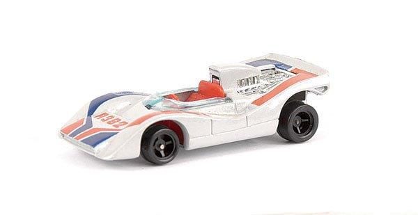 4022: Tomica No.22 Nissan R382