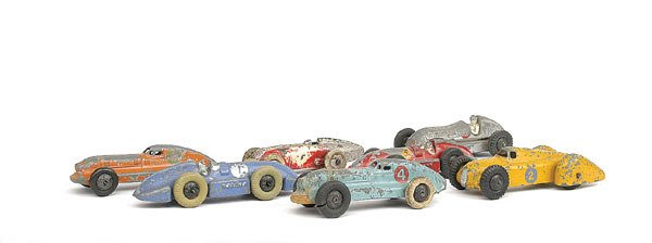 8: Dinky - A group of 7 Racing Cars