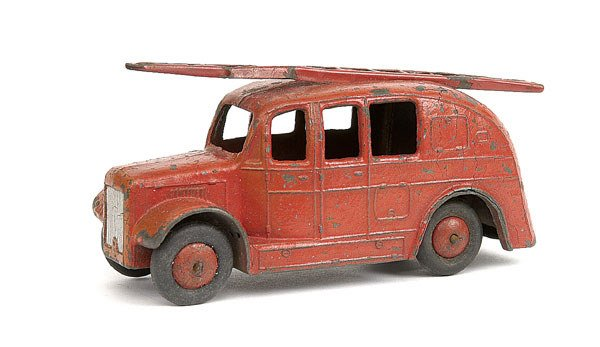 20: Dinky No.25h Streamlined Fire Engine