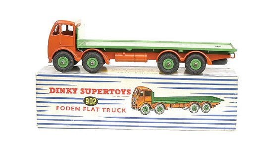 550: Dinky No.902 Foden Flat Truck
