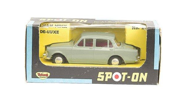 1008: Spot-On No.287 Hillman Minx De Luxe