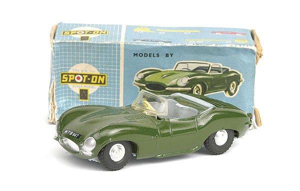 1022: Spot-On No.107 Jaguar XKSS