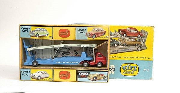 2611: Corgi GS1 Car Transporter Gift Set