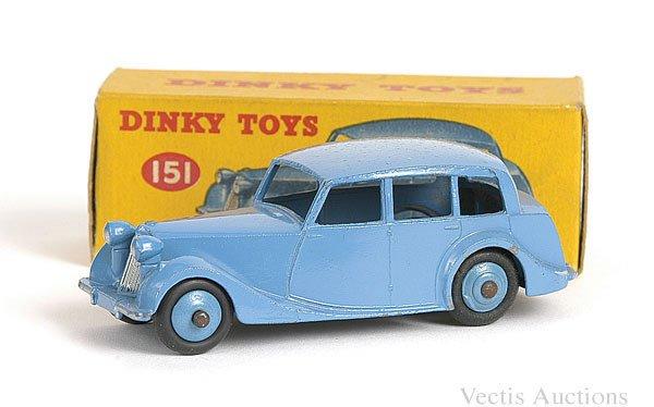 1001: Dinky No.151 Triumph 1800 Saloon