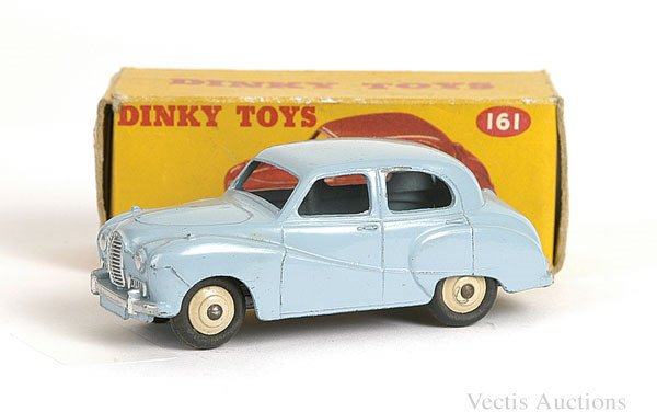 1010: Dinky No.161 Austin Somerset Saloon