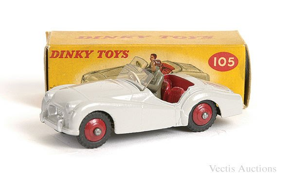 1021: Dinky No.105 Triumph TR2 Sports
