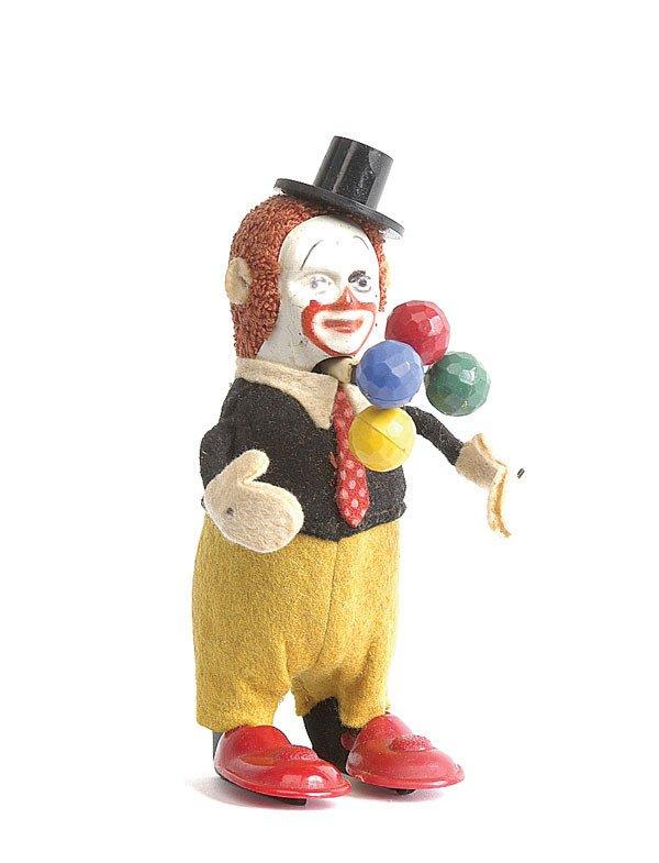 10: Schuco - 965 - Clown Juggler