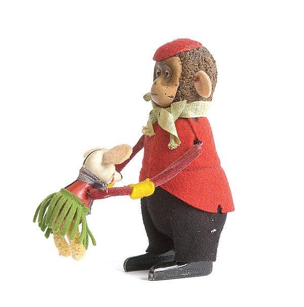 24: Schuco - 985 - Clockwork Monkey