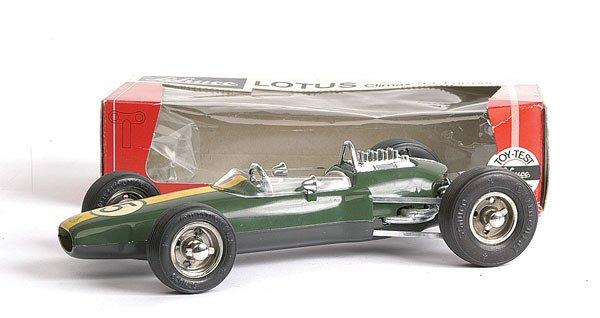 380: Schuco - 1071 Lotus Climax 33 Formula 1
