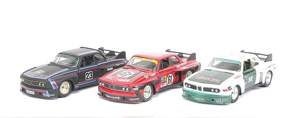 1017: Eidai Grip - a group of 3 unboxed models