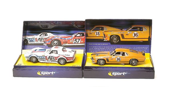 16: Scalextric - a group of 3