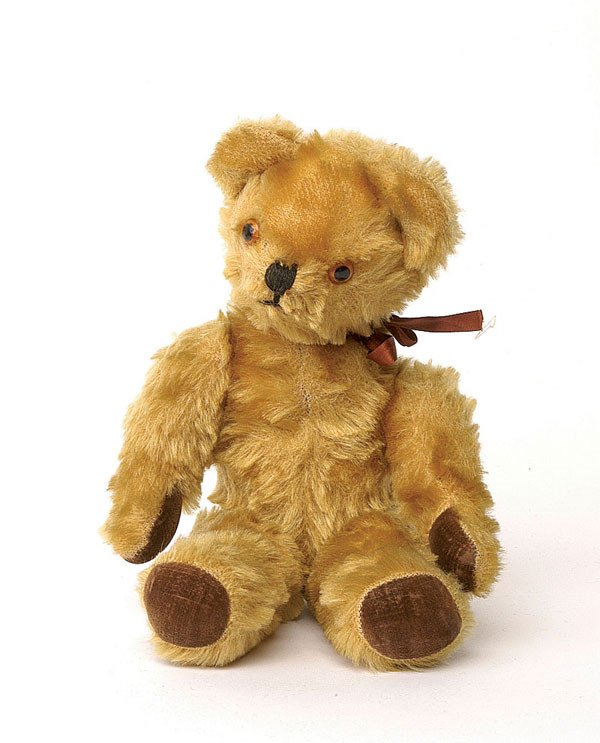 2021: Pedigree teddy bear, British, 1950s/60s