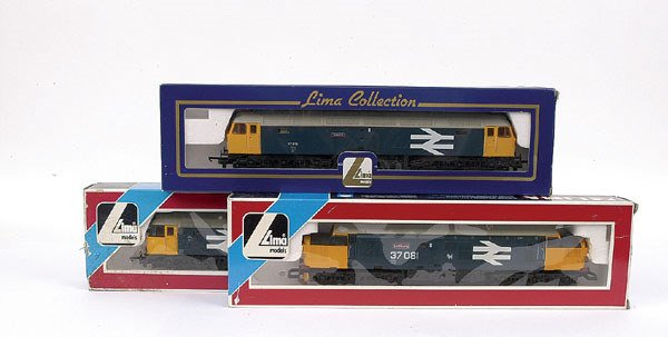 3013: Lima - a trio of Co-Co BR blue Diesel Locos