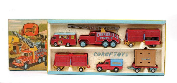 "1012: Corgi ""Chipperfields Circus"" 1st issue Gift Set`"
