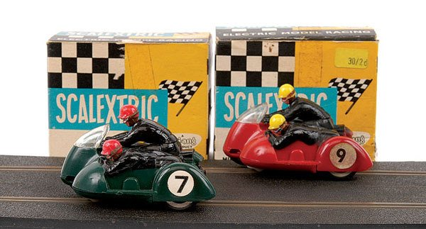 1: Scalextric No.B1 Typhoon Motorcycle & Sidecar