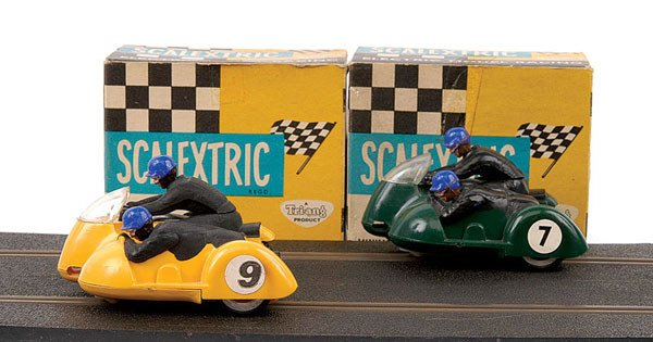 2: Scalextric No.B1 Typhoon Motorcycle & Sidecar