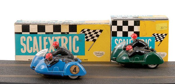 4: Scalextric No.B1 Typhoon Motorcycle and Sidecar