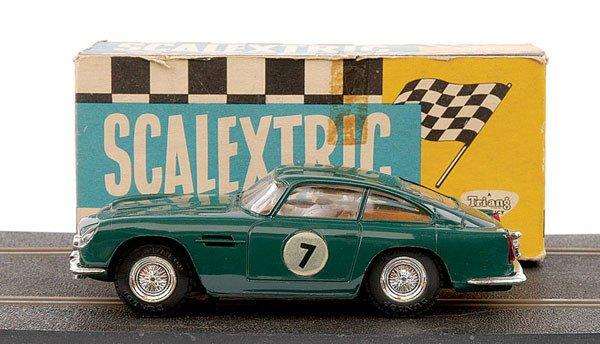 7: Scalextric No.E3 Aston Martin DB4