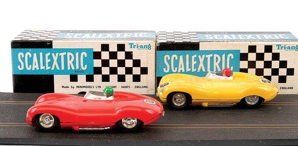16: Scalextric No.C60 Jaguar D-type