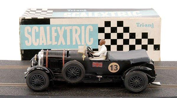 22: Scalextric No.64 Vintage Bentley