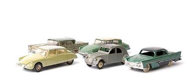 586: French Dinky - a group of Cars