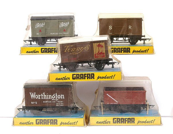 4494: Graham Farish OO Gauge Wagons