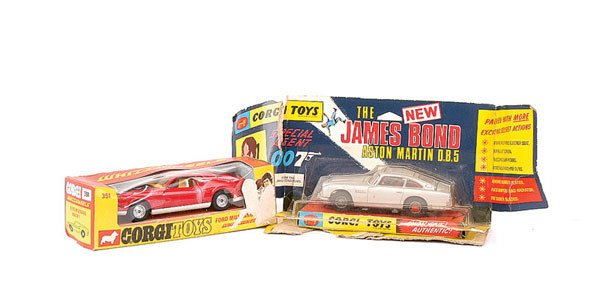1019: Corgi No.270 Aston Martin DB5 & Others
