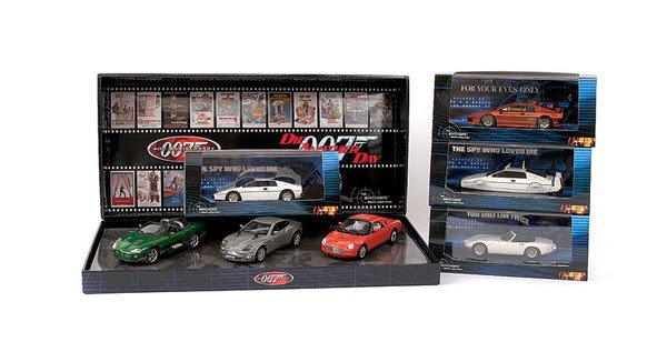 "1023: Minichamps - a group of 5 ""007"" Models"