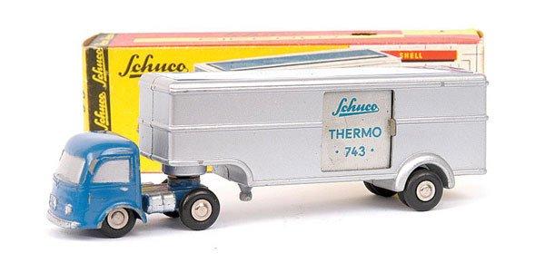 2018: Schuco Piccolo 743 Mercedes Fridge Semi Truck