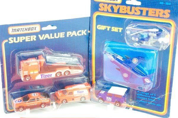 12: Matchbox Superfast - A Group of Gift Sets
