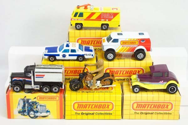 23: 30 x Matchbox Superfast Yellow Boxed Issues