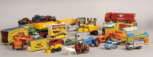 2006: A Group of 43 x Mixed Diecast Models